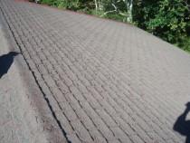 施工前  長年の風雨により経年劣化した屋根材(アスファルトシングル葺き)