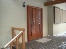 施工後  高断熱仕様玄関ドアへカバー工法にて交換 明かり窓は高断熱複層ガラス