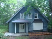 施工後  新規玄関屋根部の塗装完了