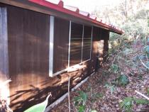 施工後 板張りの外壁、雨戸等に再塗装(2回塗り)